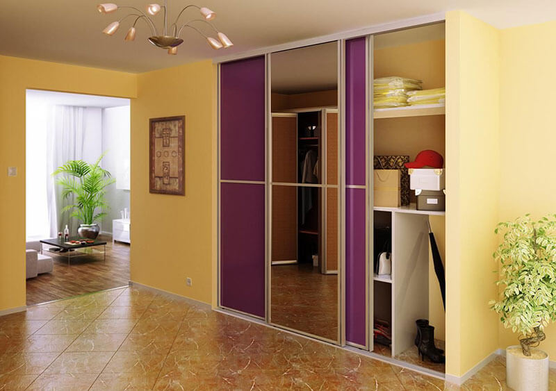 Встроенный шкаф-купе для одежды на заказ
