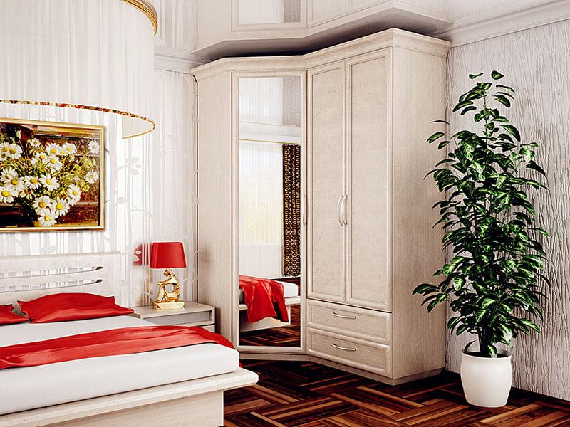 Угловой шкаф с тремя дверьми и зеркалом на заказ