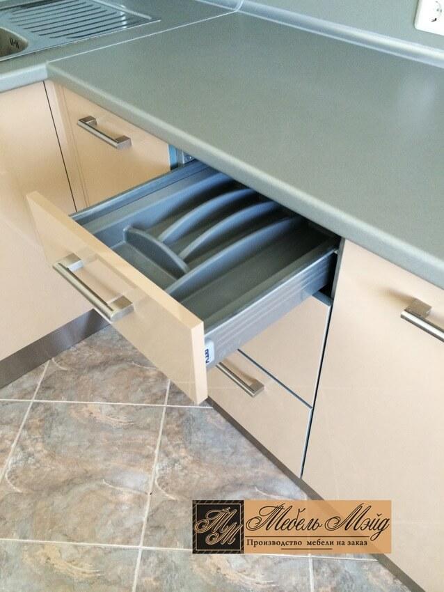 Фото кухни на заказ 23