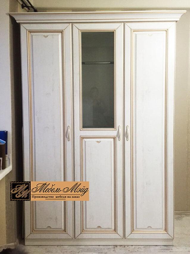 Фото распашного шкафа 21