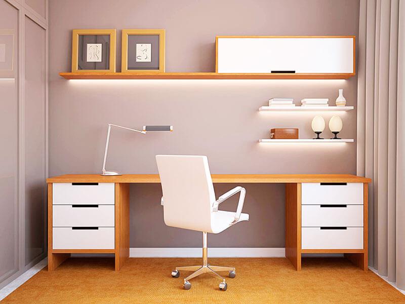 Письменный стол у стены на заказ